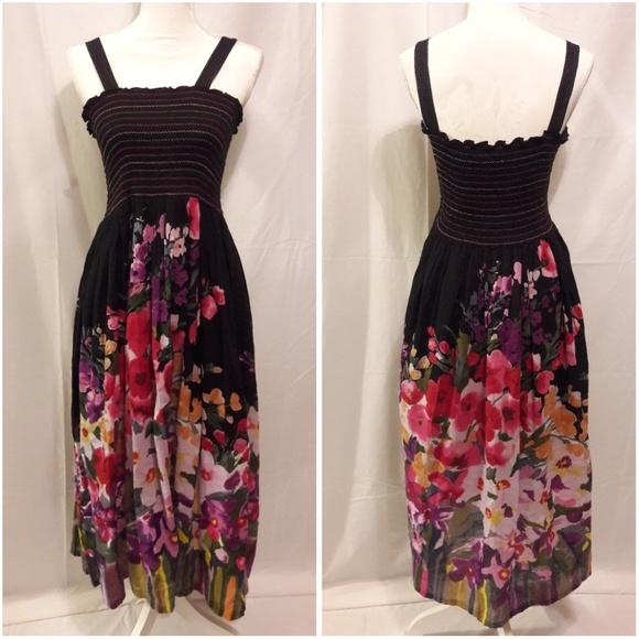 Dresses & Skirts - Vintage Floral Maxi Dress